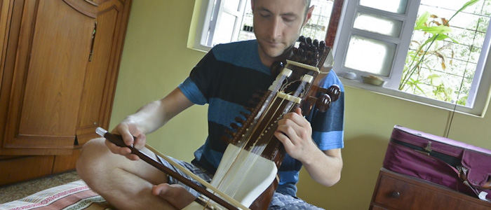 Sarangi Lessons in India - Tim Haig